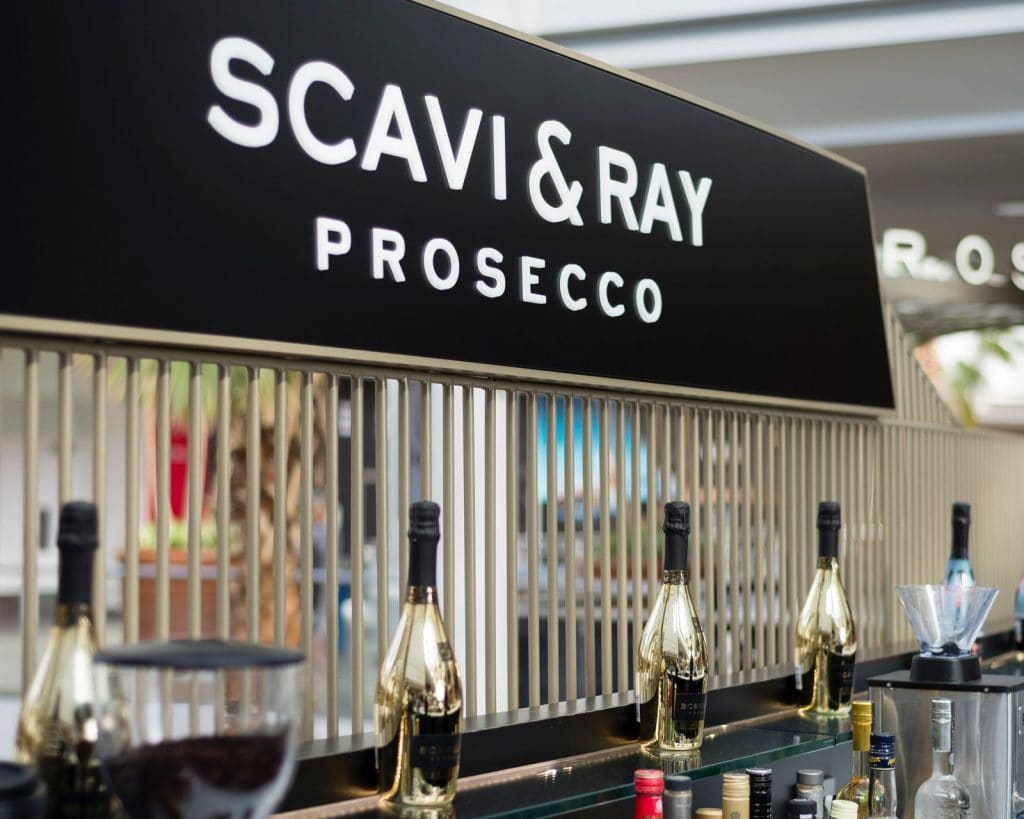 prosecco bar interior design